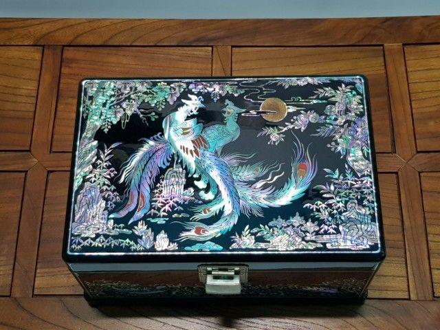 韩国名匠第179号京畿道非物质文化遗产--螺钿漆器