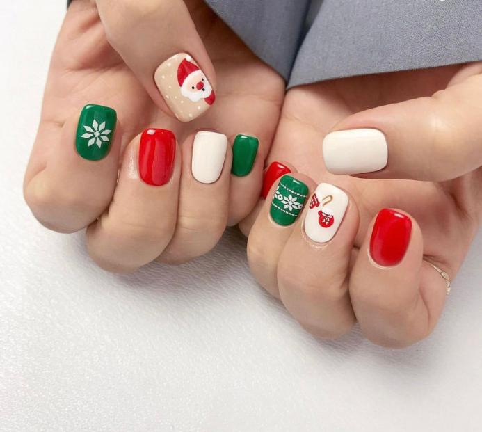 韩国圣诞美甲指尖上的冬日圣诞